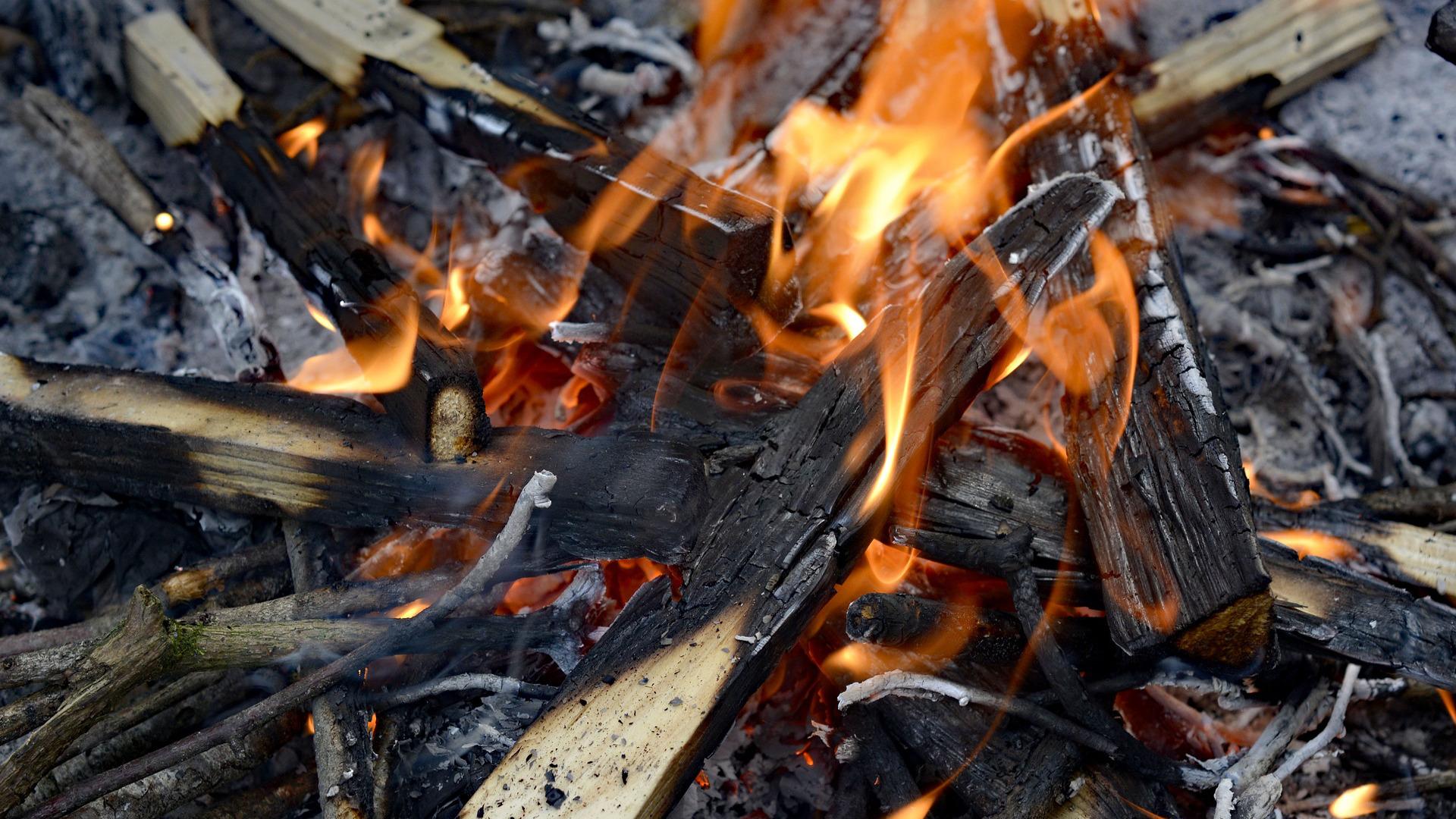 desde-hoy-se-podran-realizar-de-nuevo-quemas-de-restos-agricolas-y-forestales-1920