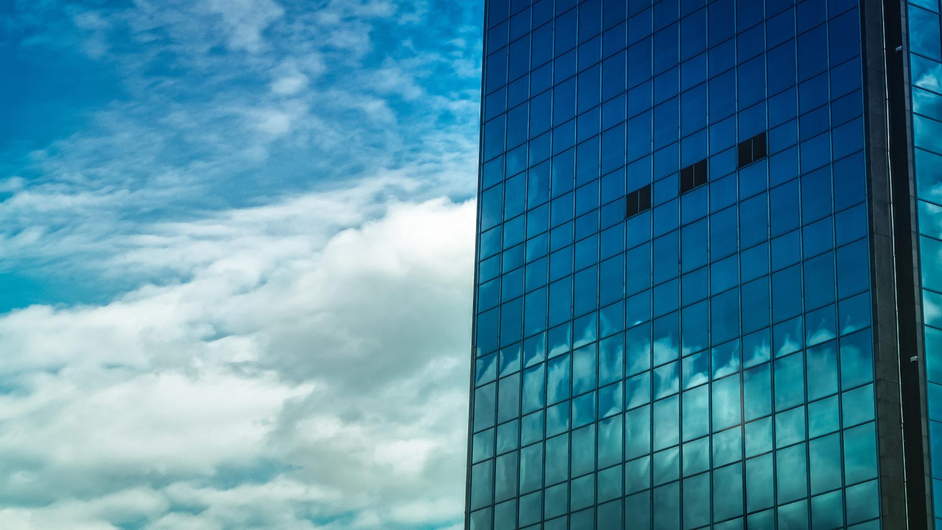 Laminas solares en los edificios una tendencia en aumento1920