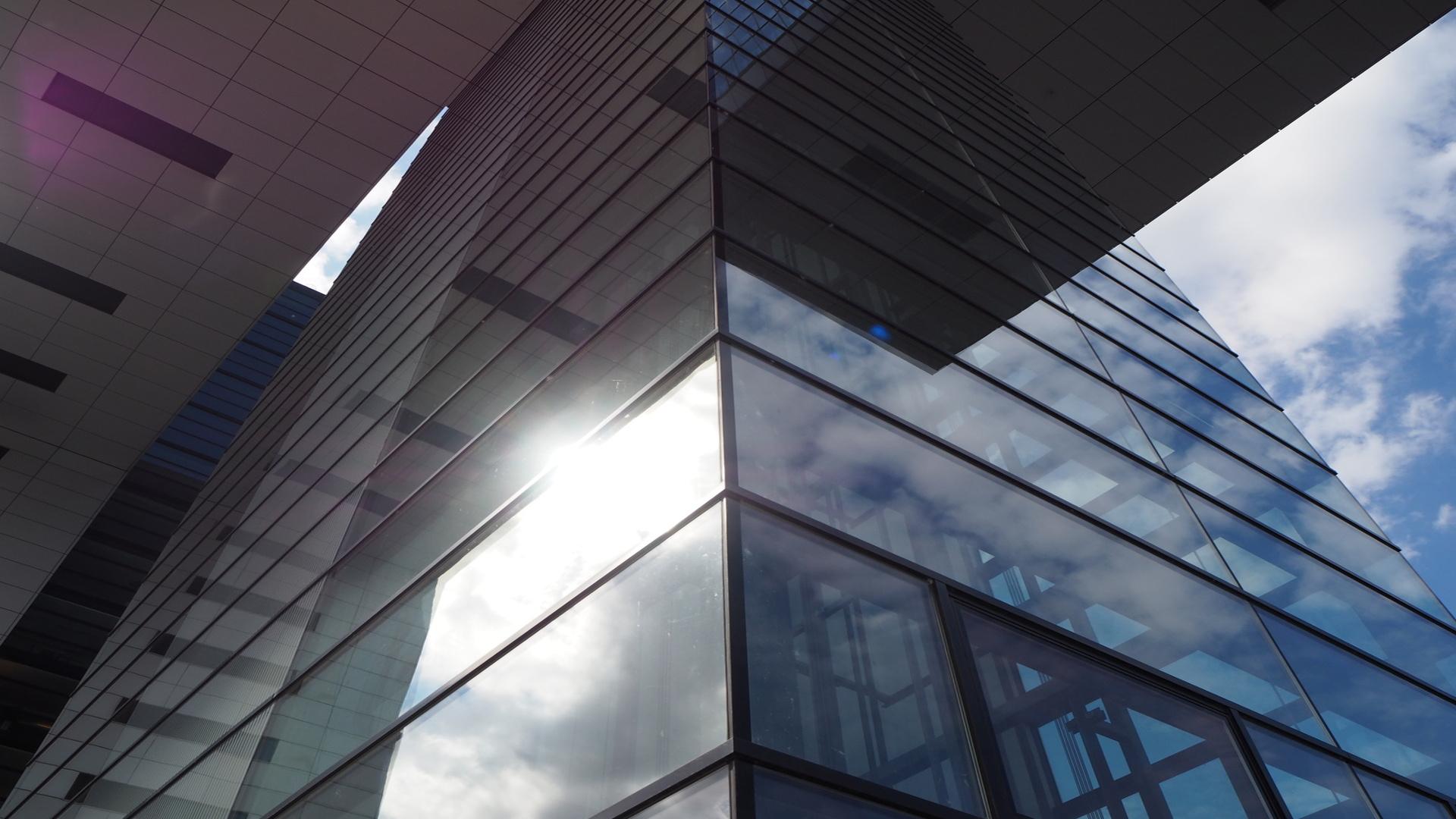 Qué-láminas-solares-son-mejores-las-exteriores-o-interiores.