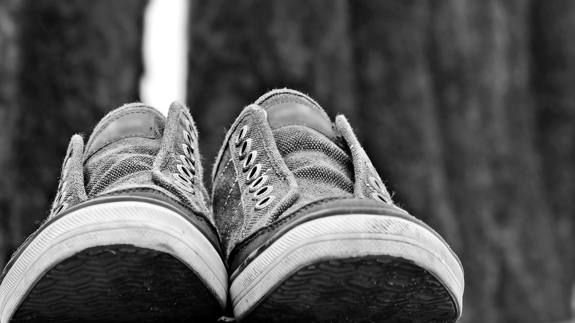El hombre de los pies calzados1920