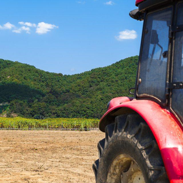 Normas básicas de circulación para los tractores