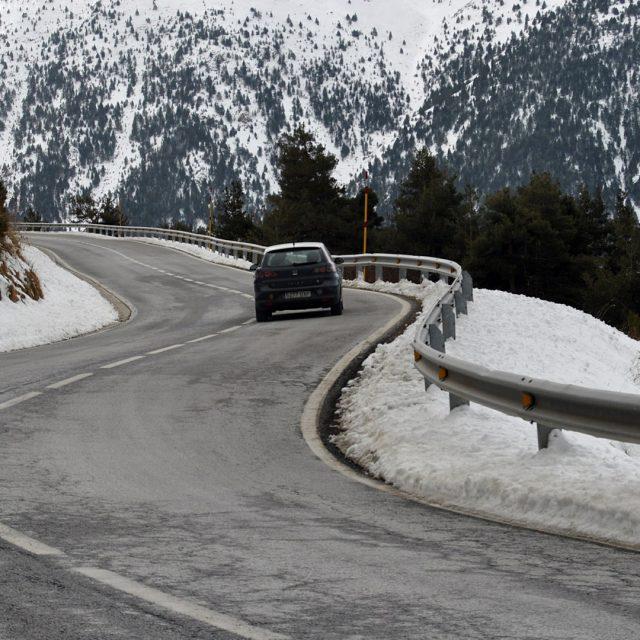 Recomendaciones a la hora de viajar en coche si hay nieve