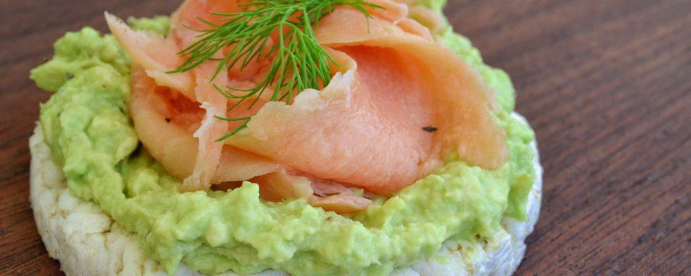 6 alimentos imprescindibles para lucir una piel tersa