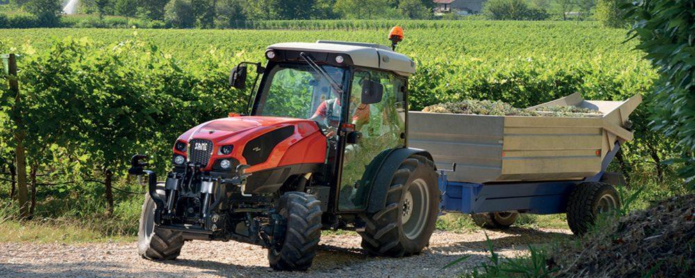 Esos vehículos especiales llamados tractores y la circulación