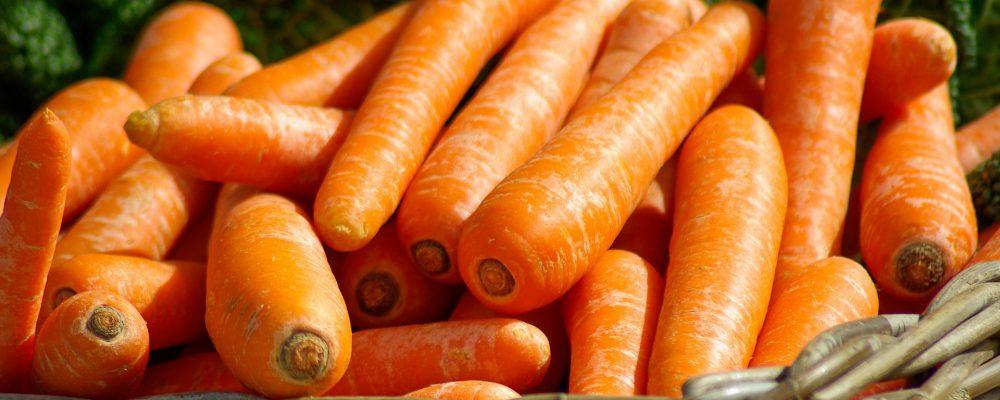 Comer zanahorias ayuda al bronceado: ¿mito o realidad?