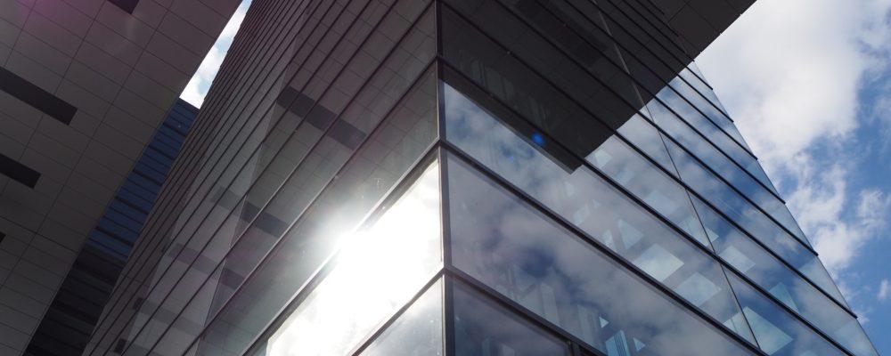 ¿Lámina solar exterior o interior? ¿Cuál es mejor?