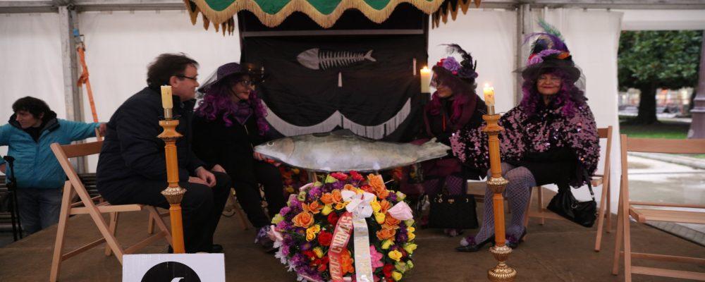 """Un servicio muy especial: """"El entierro de la sardina"""""""