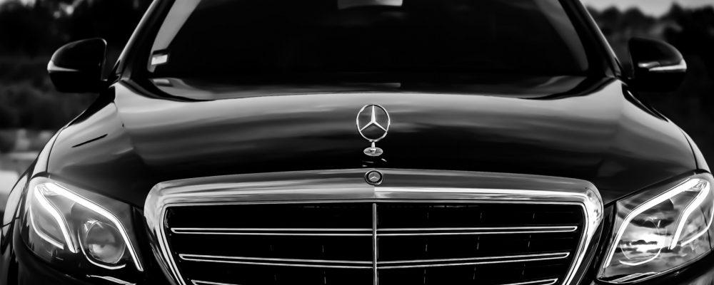 Los cristales de un coche nos desvelan la fecha de su fabricación