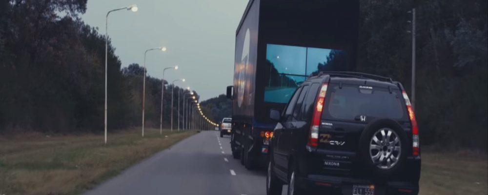 Una idea genial: Camiones Transparentes