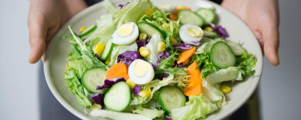 Un estudio afirma que los hombres que comen frutas y verduras tienen un olor más atractivo