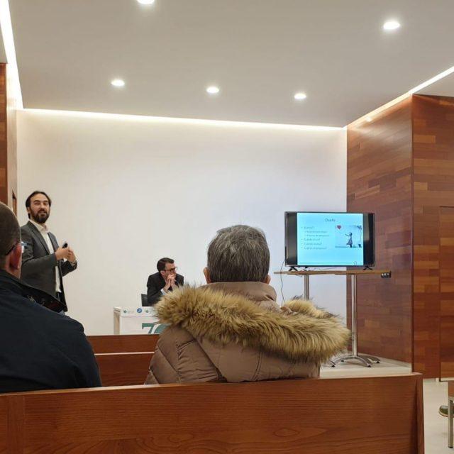 Gracias a los asistentes a la conferencia del forense Alberto Fernández