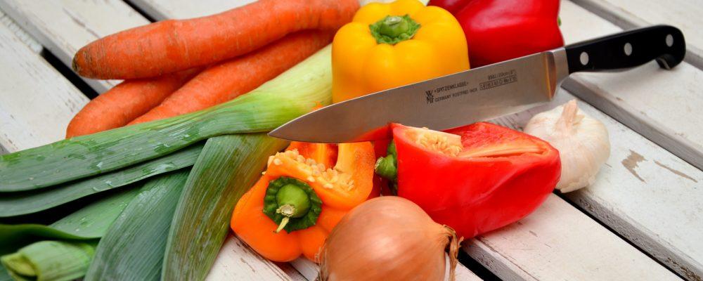 Formas de desinfectar frutas y verduras antes de su consumo