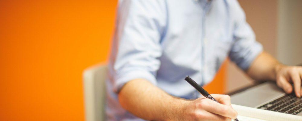 Consultoría empresarial: definición, tipos y fases del trabajo