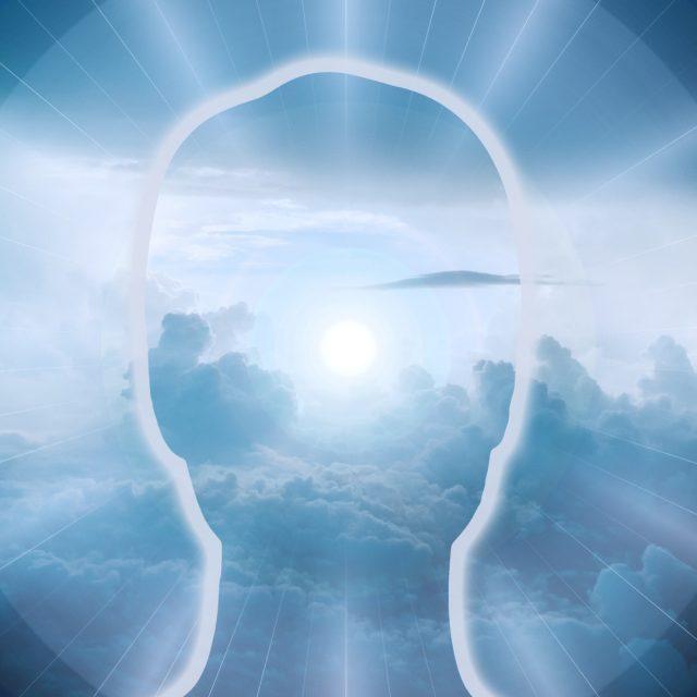 ¿Cómo podemos conectar espiritualmente con los ángeles?