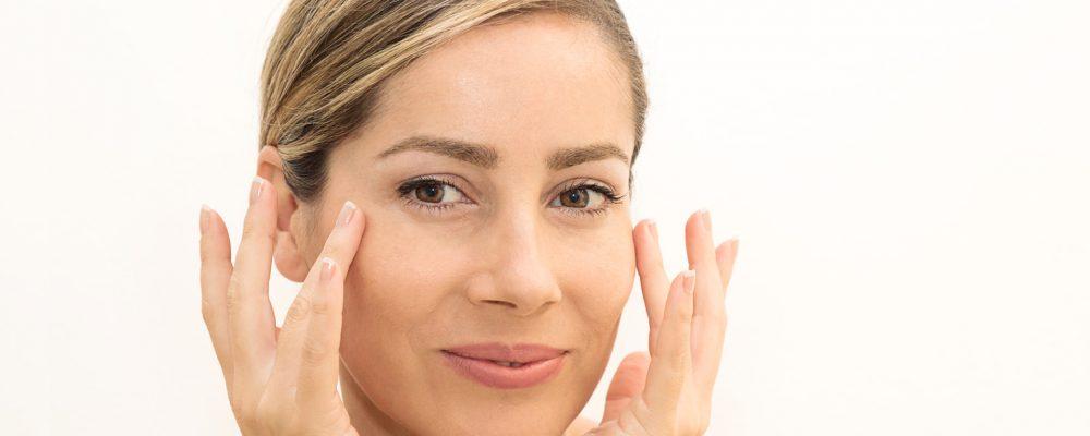 Cómo evitar las arrugas prematuras del rostro