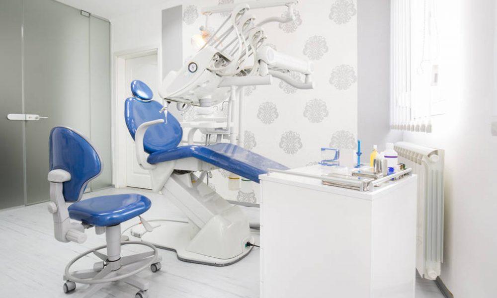 la guerra de precios entre los dentistas y las franquicias