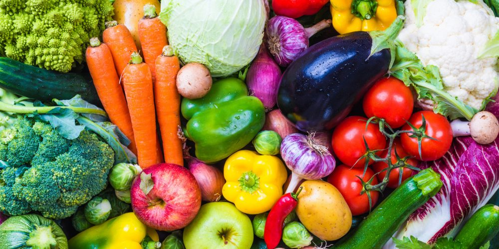 Frutas y hortalizas que deberíamos comer también con piel