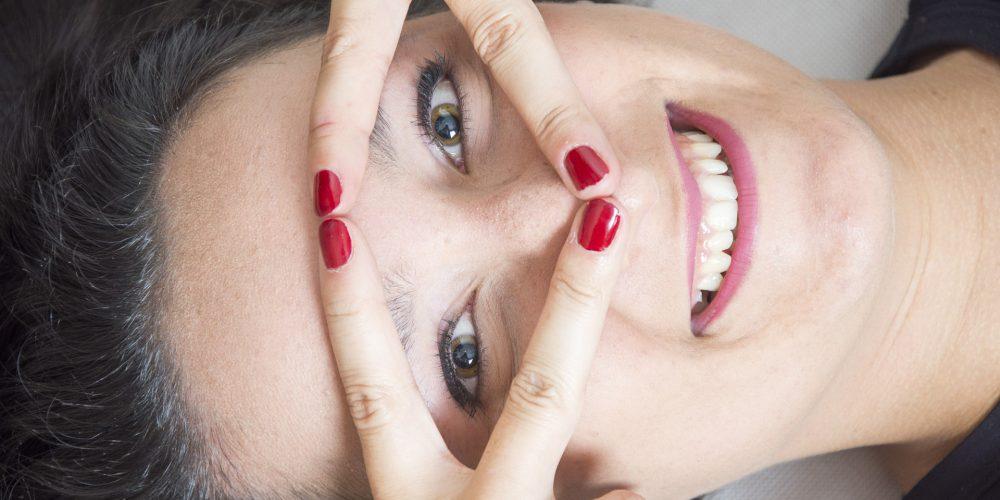 Los gestos que más arrugas de expresión provocan