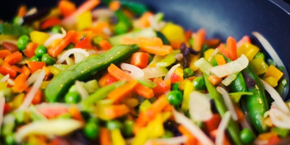 ¿Cinco o más porciones de frutas y verduras al día?