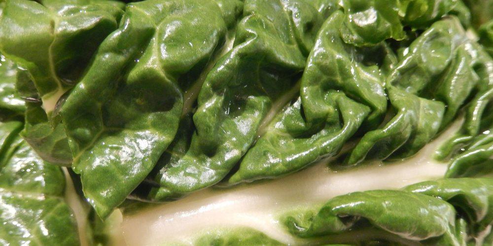 Verduras de hoja verde cada día para mantener el cerebro joven