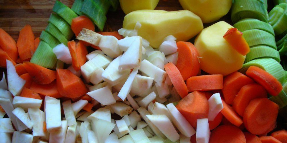 Compensa las comilonas navideñas con más verdura, legumbres y fruta