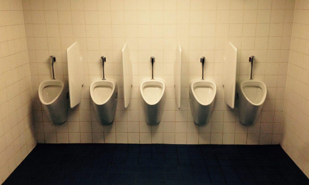 empresas de fontaneria éticas cambios en el cuarto de baño para reducir el gasto de agua