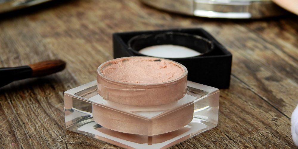 10 consejos a la hora de usar productos cosméticos