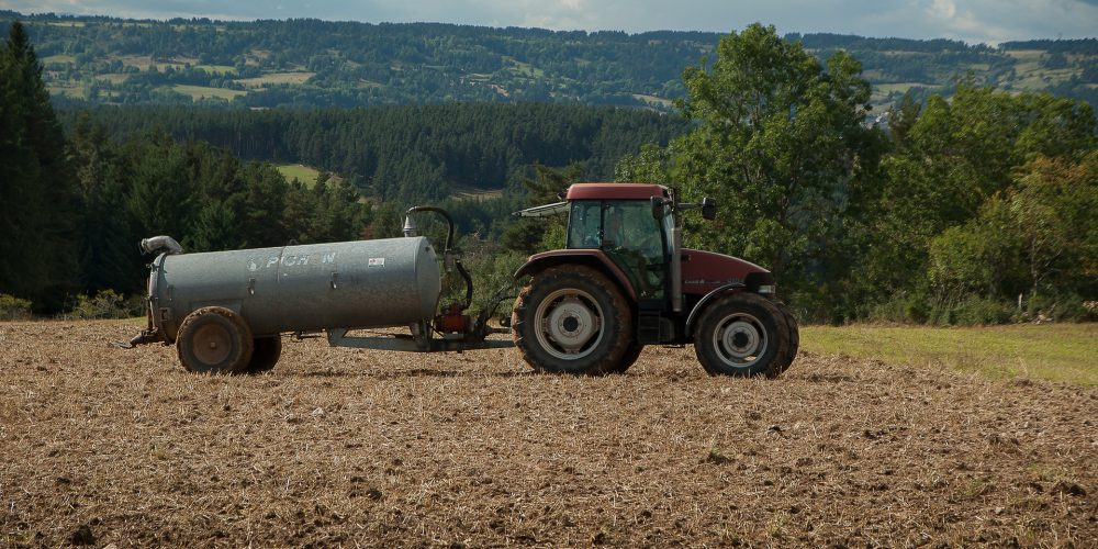 Se permite este año el uso de sistemas de abanico o plato para esparcir purín en Galicia