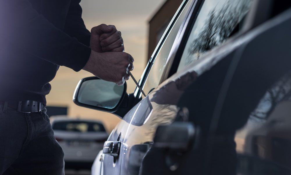 objetivo dificultar al ladrón el robo en el vehículo