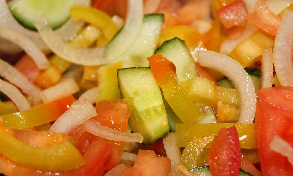 diferentes-formas-de-cortar-verduras-frutas-y-hortalizas-1920