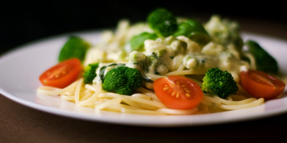 Comer brócoli de forma regular podría evitar problemas intestinales