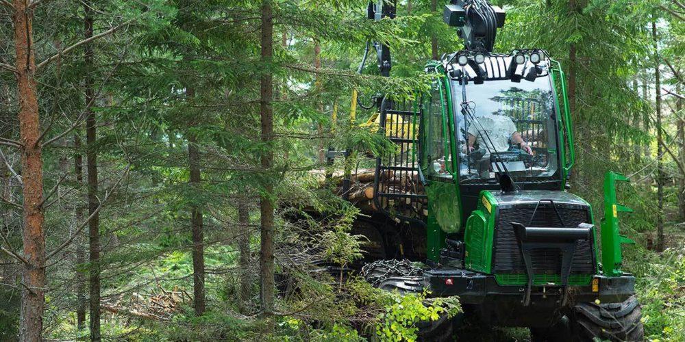 Curso sobre el Manejo de Tractores Forestales