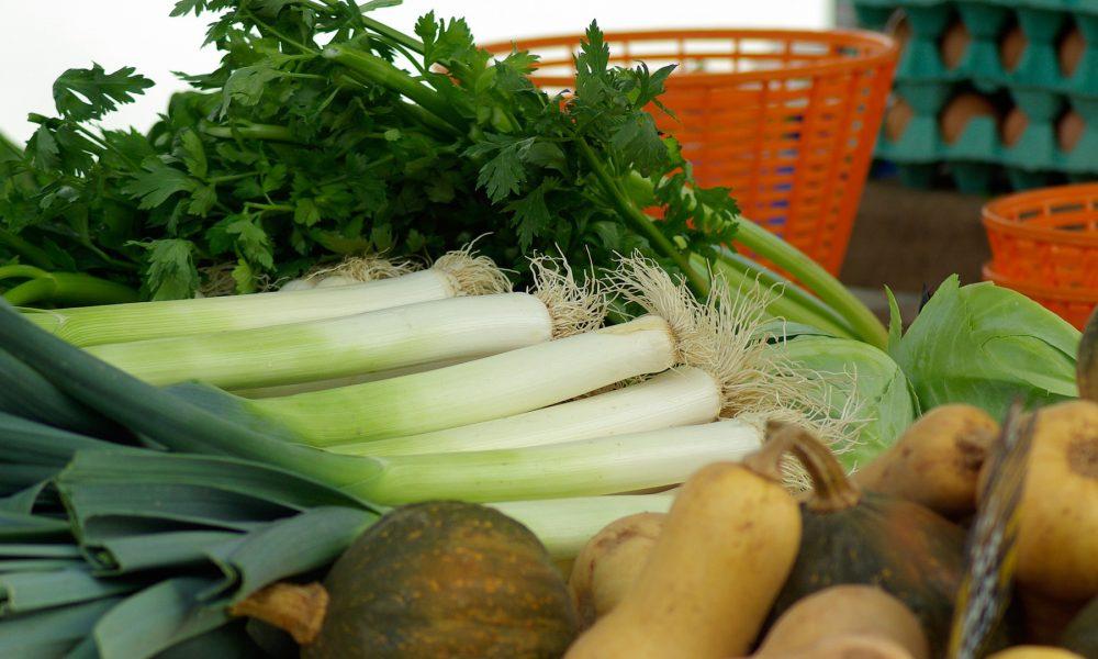 aconsejan llevar a los niños a la compra para que coman más verduras