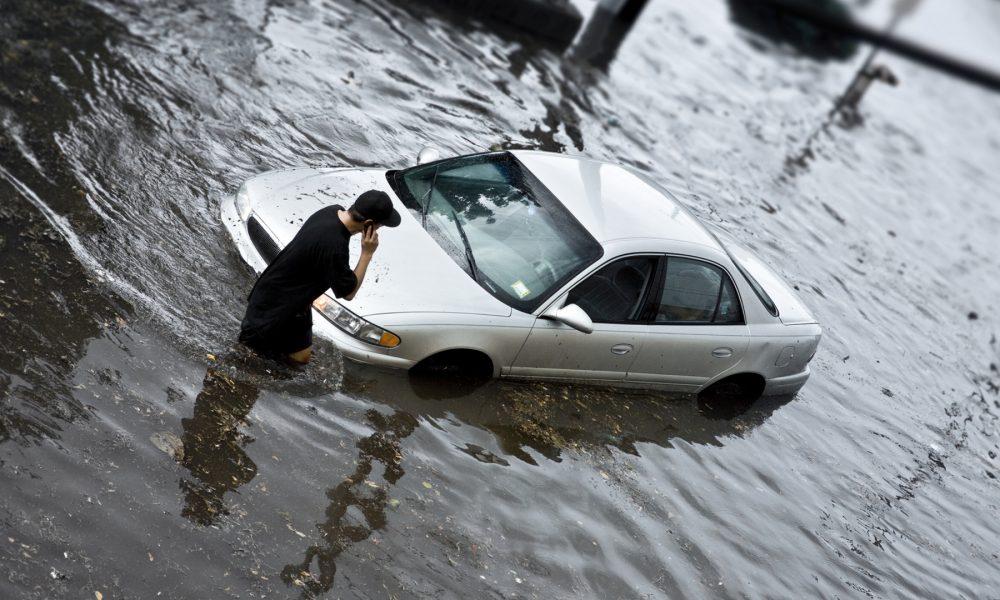 de que se hace cargo mi seguro de coche ante desastres naturales