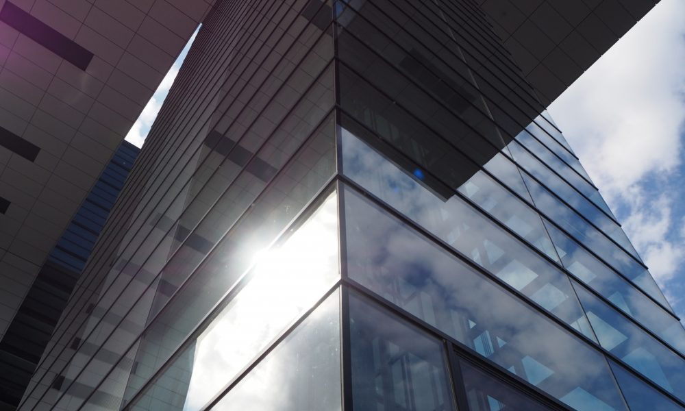 lamina solar exterior o interior cuál es mejor