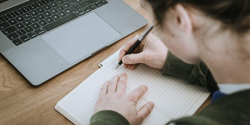 Prácticas profesionales: beneficios para empresa y becario